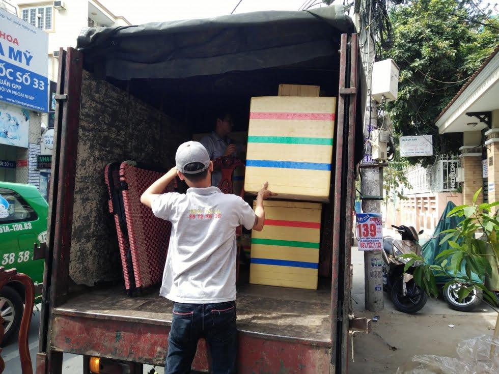 Địa chỉ thuê xe taxi tải uy tín tại Hà Nội