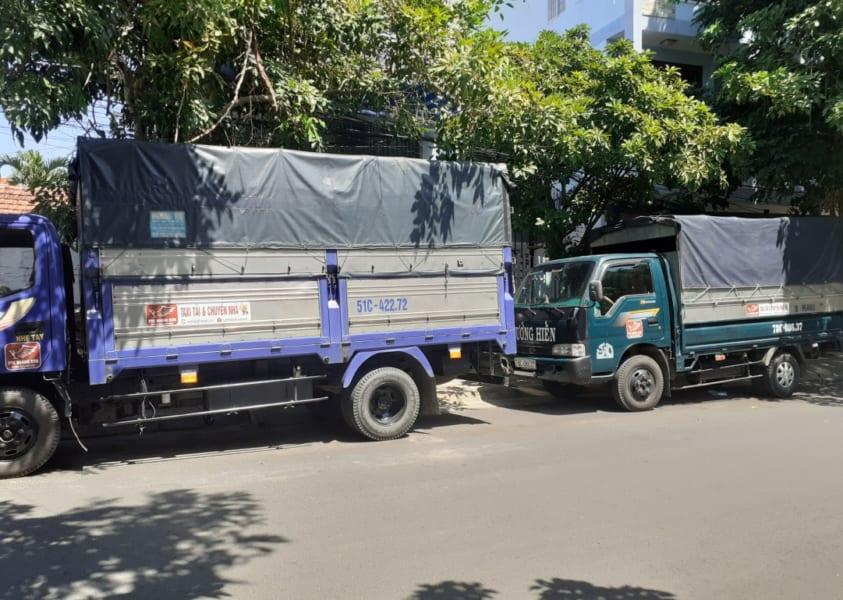 xe tải chở hàng 5 tạ